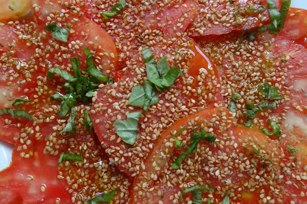 pomodoro conditi con gomasio