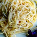 ricetta spaghetti con germogli di soia