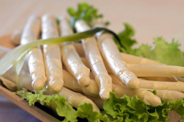 asparagi bianchi - foto dal web