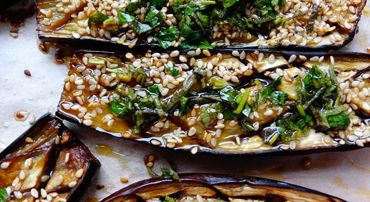 ricetta melanzane al forno con olio aromatico alle erbe