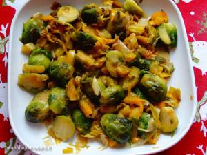 ricetta insalata di cavolini peperoni e porri
