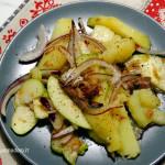 Insalata di patate, mele e aringhe
