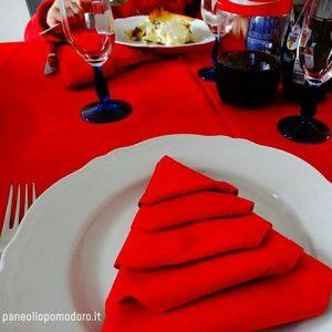 menu vegetariano di natale rosso