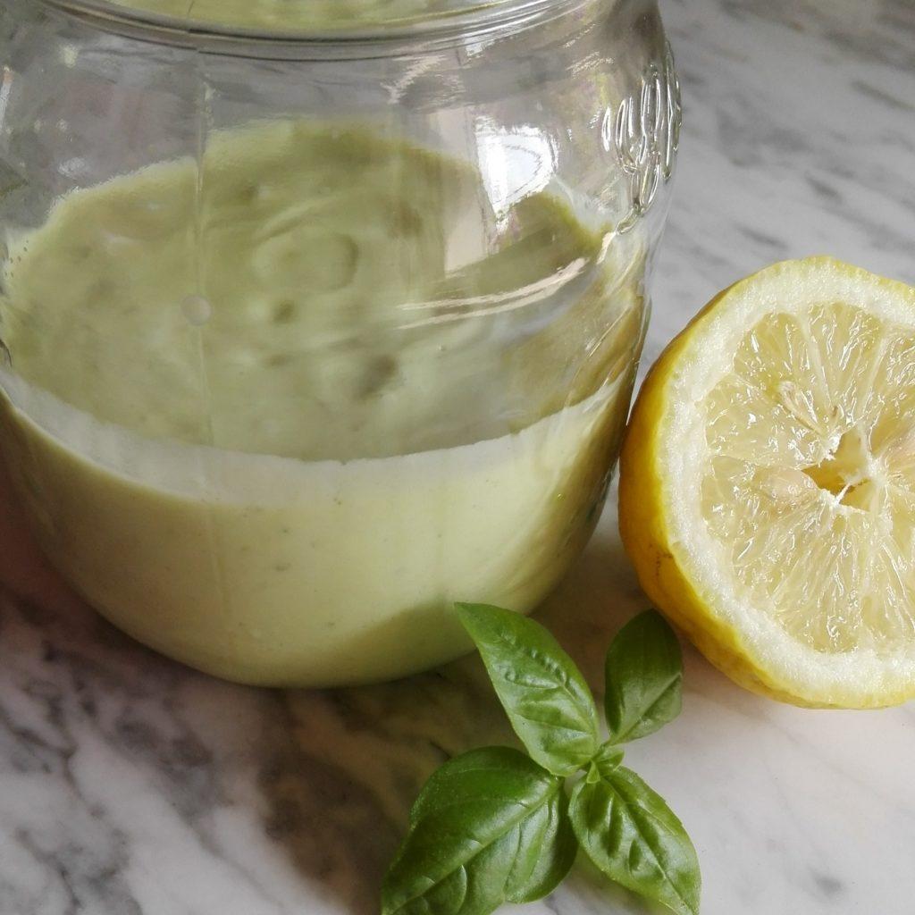 frullato avocado basilico