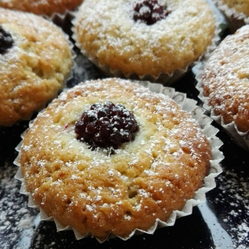 muffin dolci con yogurt e more