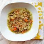 Zuppa di verdure invernali con farro