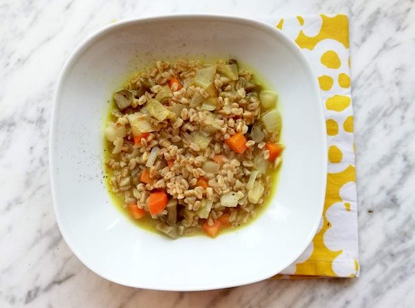 zuppa di verdure invernali e farro