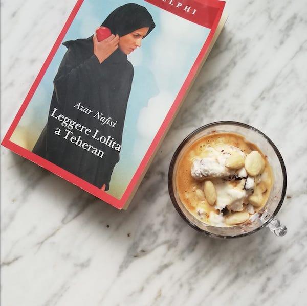 gelato al caffè e mandorle con Leggere Lolita a Teheran