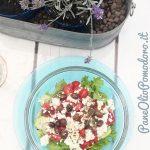 Come fare l'insalata greca in Italia con 8 ingredienti